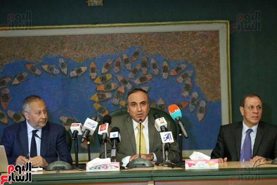 المؤتمر الصحفى الذى تنظمه لجنة الشئون العربية بنقابة الصحفيين (6)