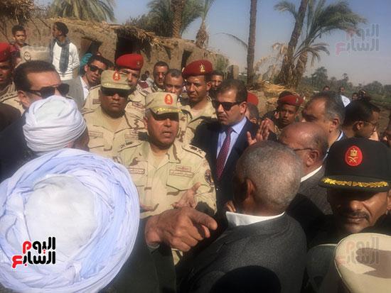 اللواء كامل الوزير رئيس الهيئة الهندسية للقوات المسلحة  (14)