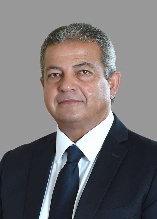 المهندس خالد عبد العزيز وزير الشباب