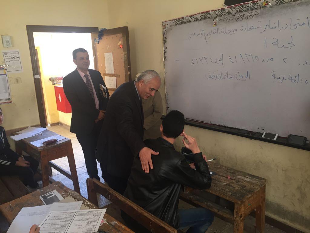 حجازي يتفقد سير امتحانات شهادة إتمام الدراسة بمرحلة التعليم الأساسي بالقاهرة (11)