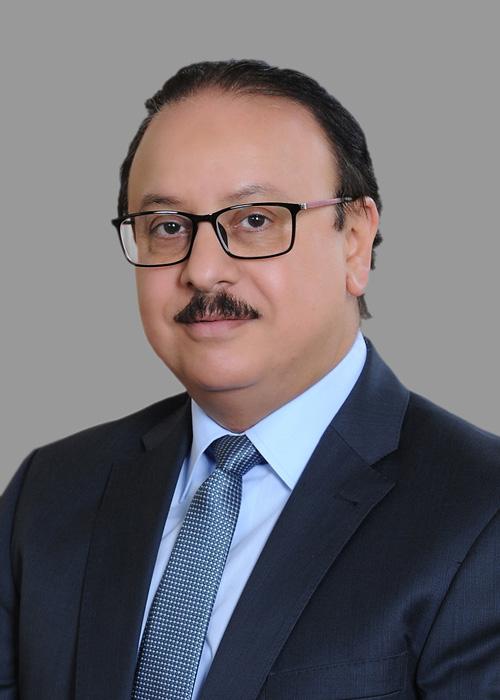 المهندس ياسر القاضى وزير الاتصالات