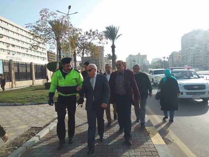 جولة محافظ بورسعيد (2)