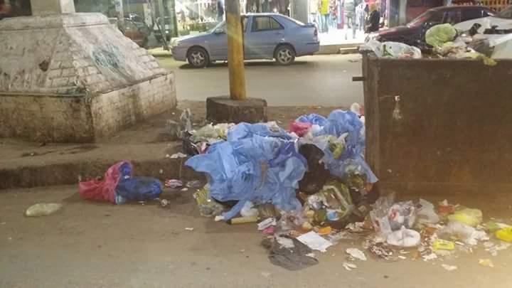 مخلفات بشوارع القومية بالشرقية (2)