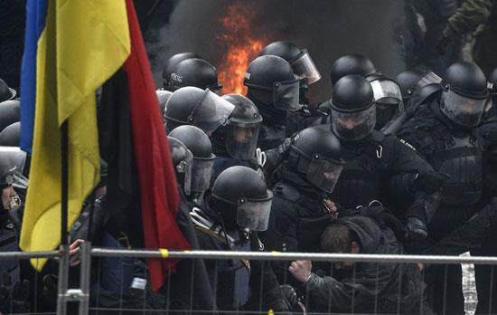 اشتباكات فى أوكرانيا
