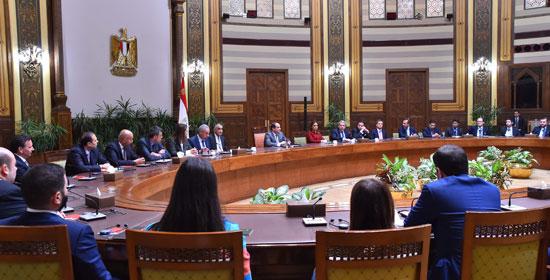 السيسى و وفدا ضم ممثلين عن 26 صندوقا إقليميا وعالميا للاستثمار (4)