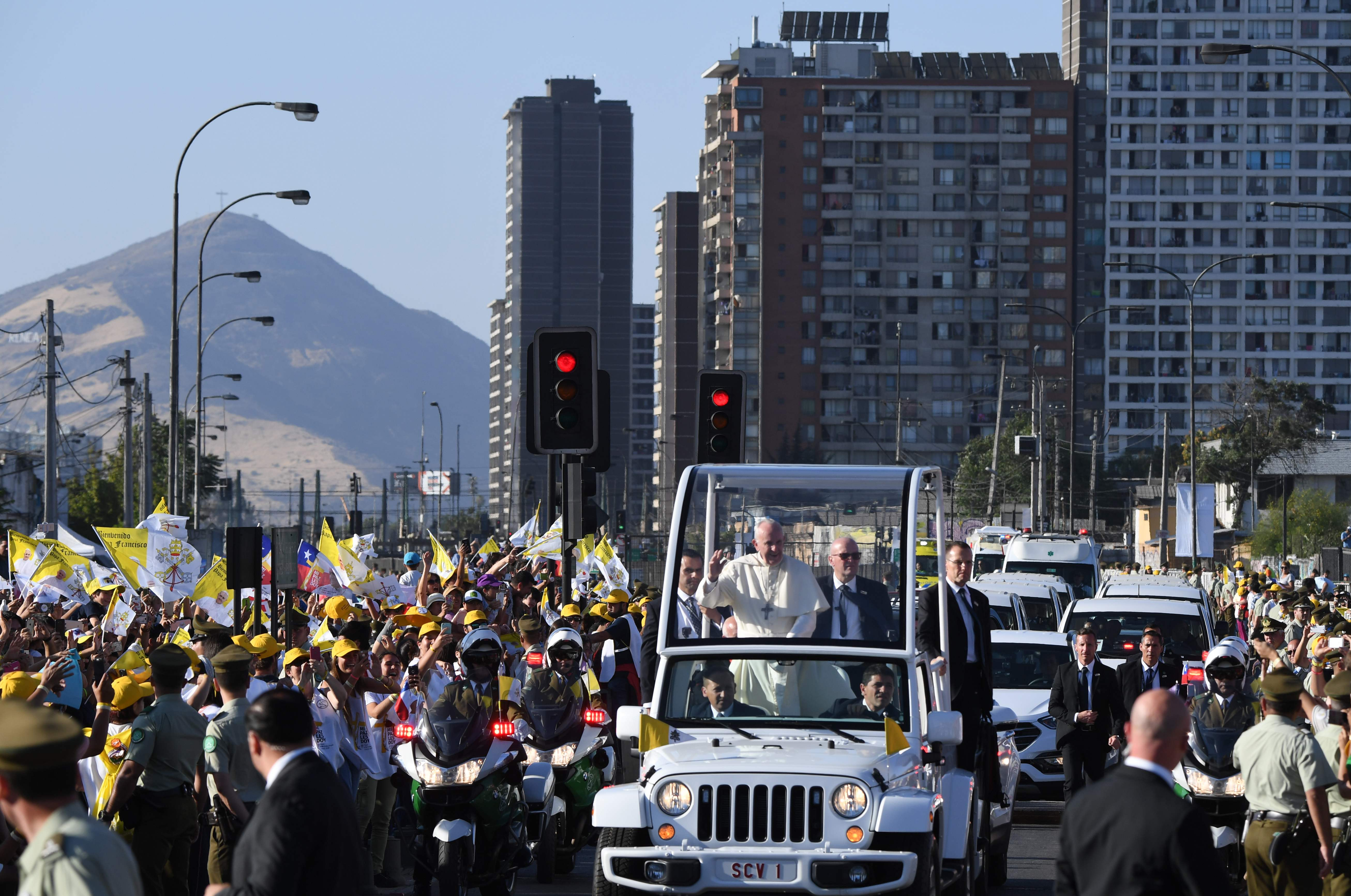 لحظة وصول البابا