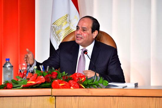 صور الرئيس السيسى فى مؤتمر حكاية وطن (2)