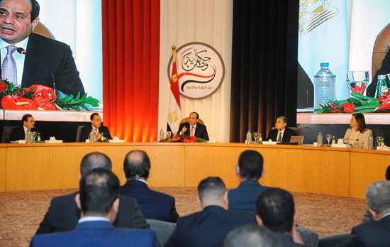 صور الرئيس السيسى فى مؤتمر حكاية وطن (1)