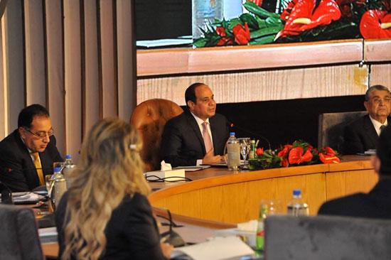 صور الرئيس السيسى فى مؤتمر حكاية وطن (11)