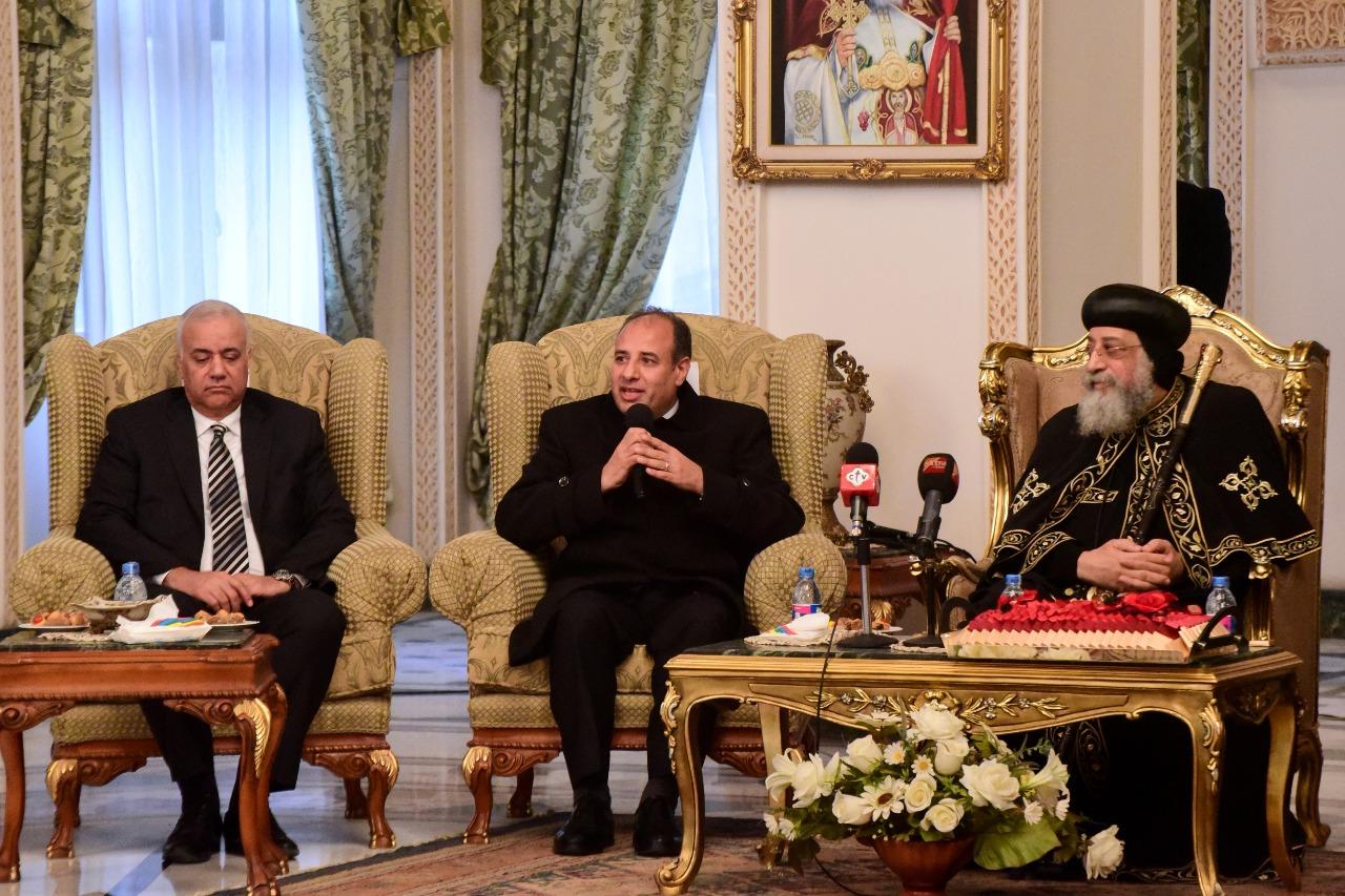 محافظ الاسكندرية و البابا تواضروس