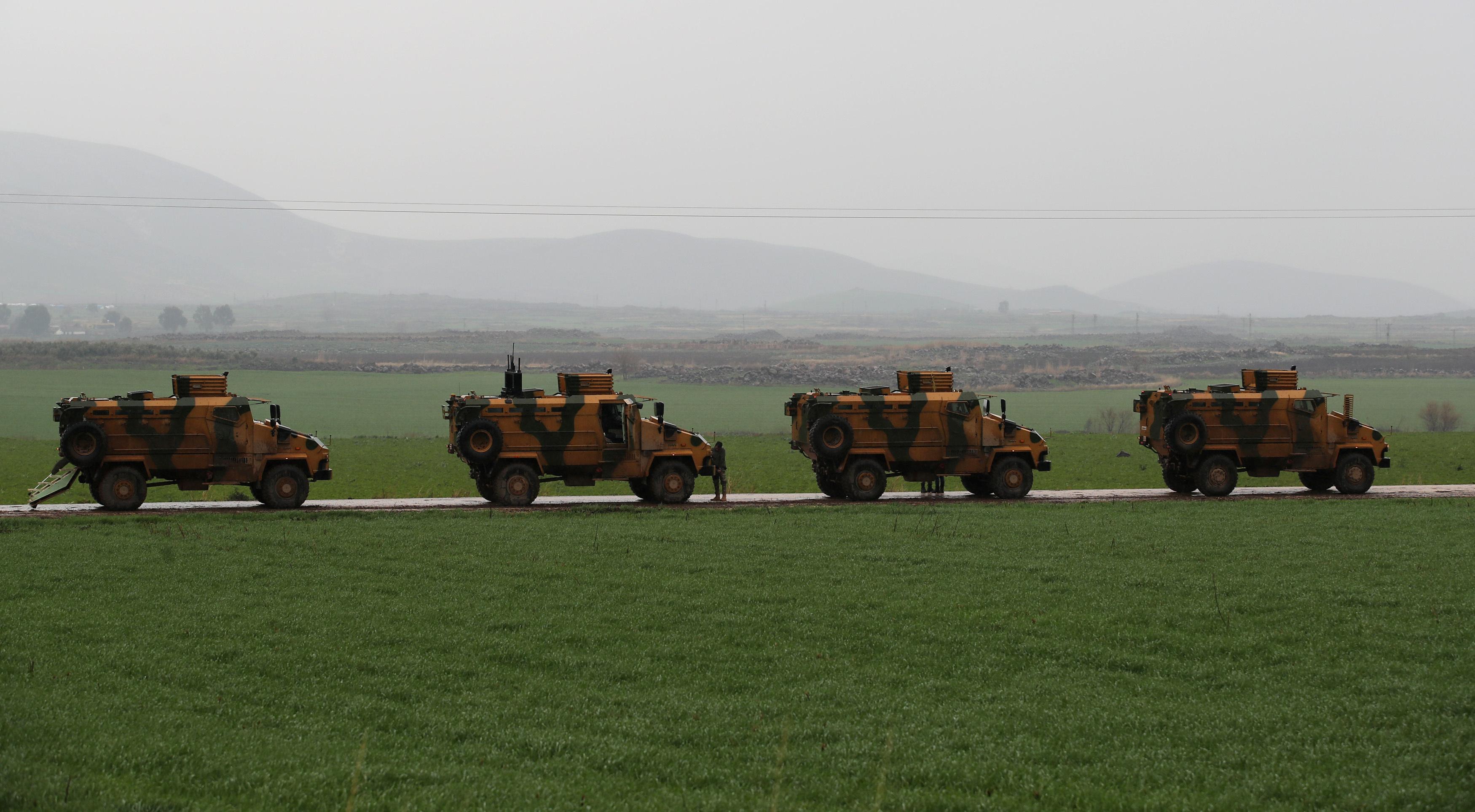 تحركات الجيش التركى باتجاه مدينة عفرين السورية