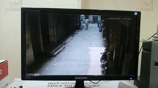 كاميرا-مراقبة-ترصد-الحركة-بشارع-الفرن