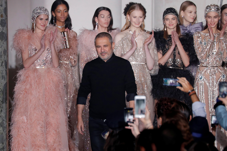 عرض المصمم العالمى إيلى صعب فى أسبوع الموضة فى باريس (6)