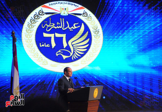 السيسى يحضر احتفاليه الشرطه بالعيد 66 (18)