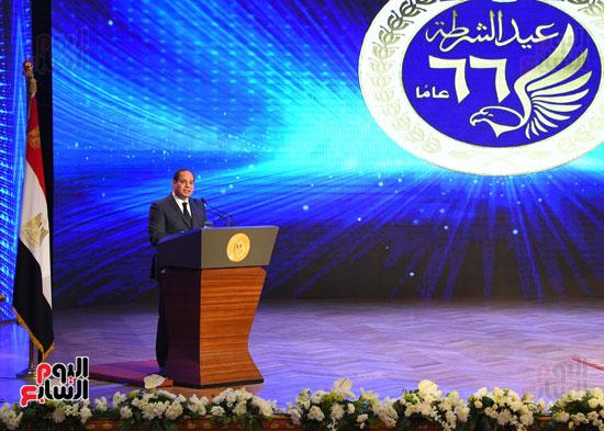 السيسى يحضر احتفاليه الشرطه بالعيد 66 (33)