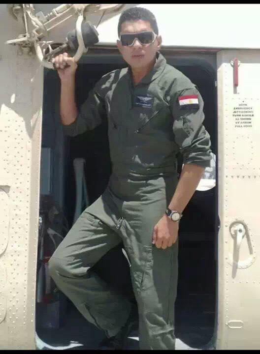 الشهيد طيار أحمد أبو العطا (2)