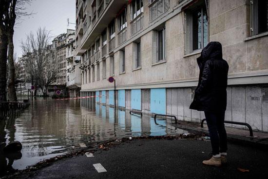 باريس تغرق فى الفيضانات وإجلاء المئات من منازلهم 58236-ارتفاع-منسوب-ا