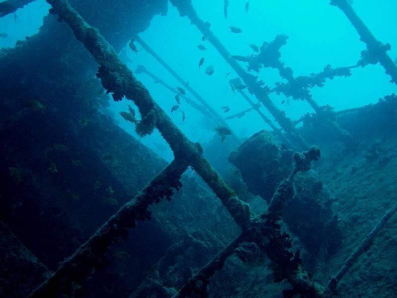 السفن الغارقة بالبحر الأحمر (2)