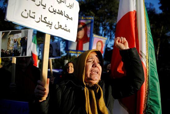 54054-صور-عواصم-العالم-تنتفض-لدعم-ثورة-الفقراء-فى-إيران-(2)