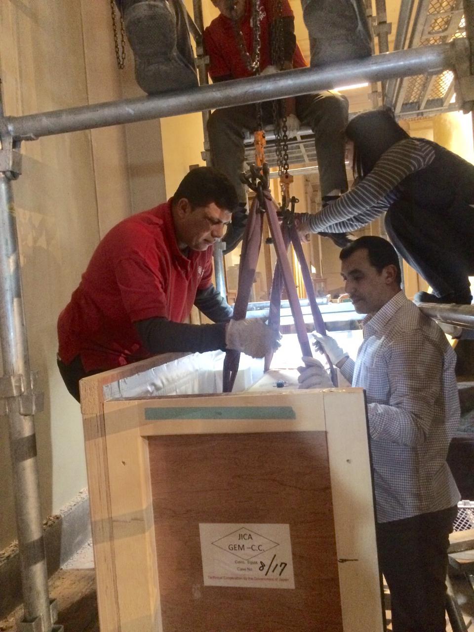 المتحف الكبير يستقبل 5 لوحات أثرية (2)