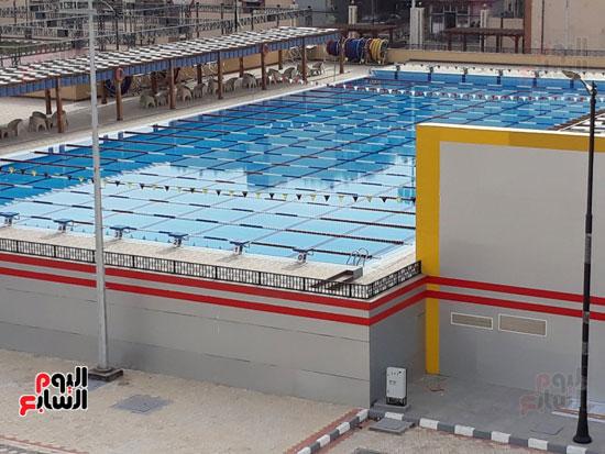حمام السباحة الاوليمبي