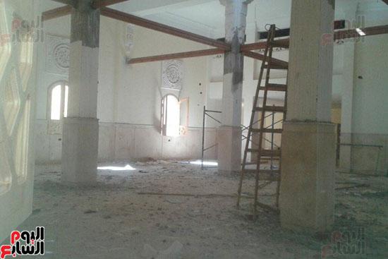 أعمال المسجد المتوقفة