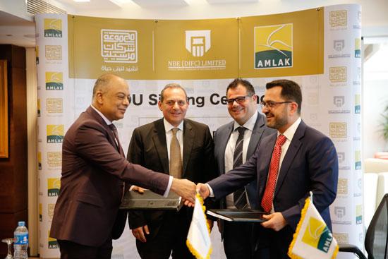 مجموعة-شركات-مرسيليا-توقع-مذكرة-تفاهم-مع-أملاك-الإماراتية-لتطوير-احدث-مشروعاتها-بالقاهرة-(3)
