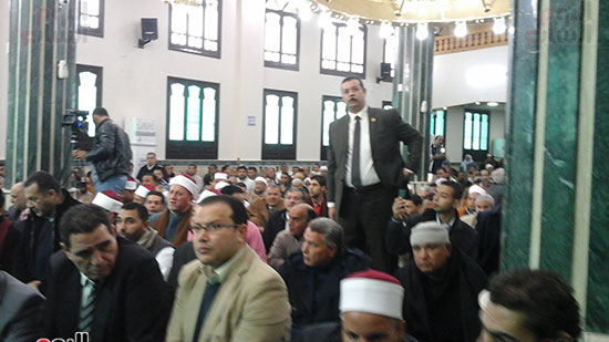 صور وزيرا الأوقاف والتموين يفتتحان مسجدًا بالشرقية (3)