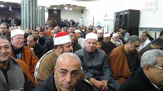 صور وزيرا الأوقاف والتموين يفتتحان مسجدًا بالشرقية (5)