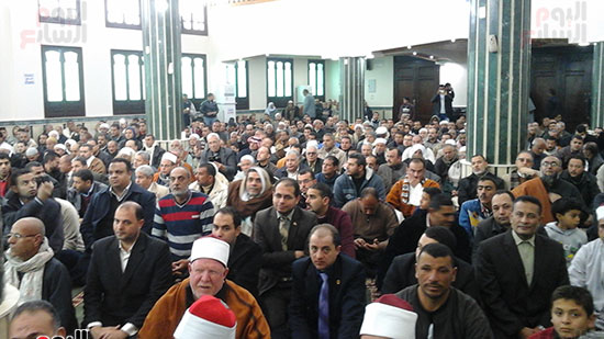 صور وزيرا الأوقاف والتموين يفتتحان مسجدًا بالشرقية (7)