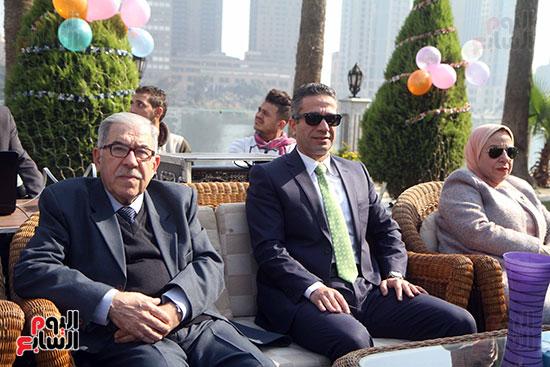 العميد محمد سمير وعدد من الحضور فى احتفالية سفارة العراق بمصر