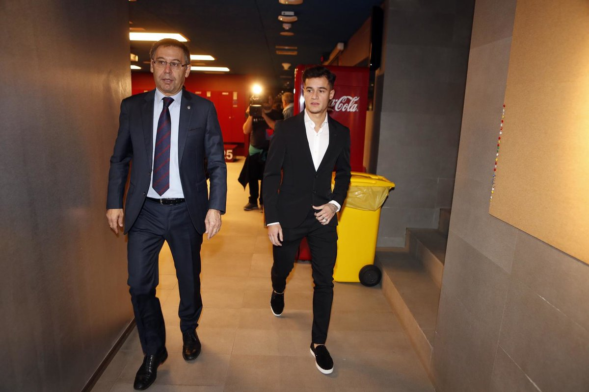 كوتينيو مع رئيس برشلونة