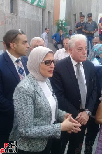 الدكتورة هالة زايد وزير الصحة (1)