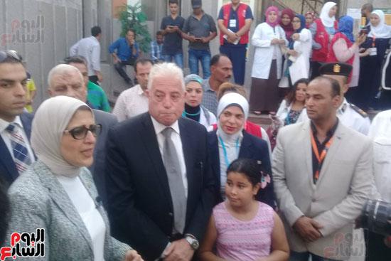الدكتورة هالة زايد وزير الصحة (2)