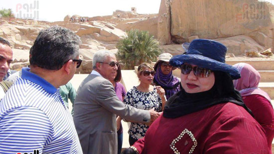 وزيرا-الاثار-والسياحة-يلتقون-مع-الوفود-السياحية--(1)