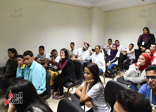 صور رئيس الوزراء يتفقد مدينة الشباب والرياضة بشرم الشيخ (4)
