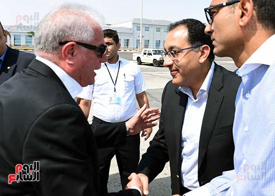 صور رئيس الوزراء فى جولة تفقدية بشرم الشيخ (12)