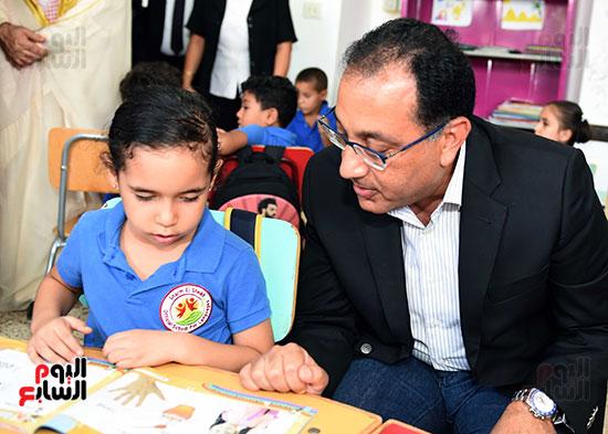 صور رئيس الوزراء فى جولة تفقدية بشرم الشيخ (2)