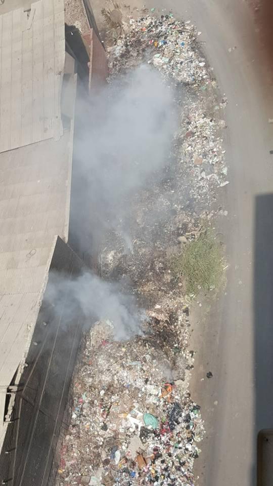 أهالى حى غرب شبرا الخيمة يستغيثون من حرائق القمامة (7)