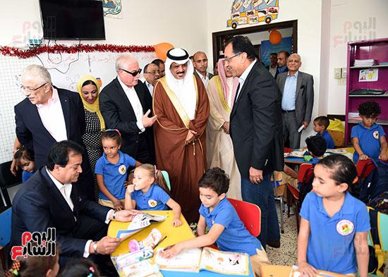 صور رئيس الوزراء فى جولة تفقدية بشرم الشيخ (4)