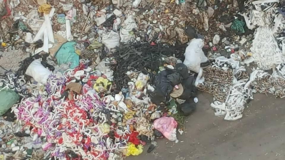أهالى حى غرب شبرا الخيمة يستغيثون من حرائق القمامة (1)