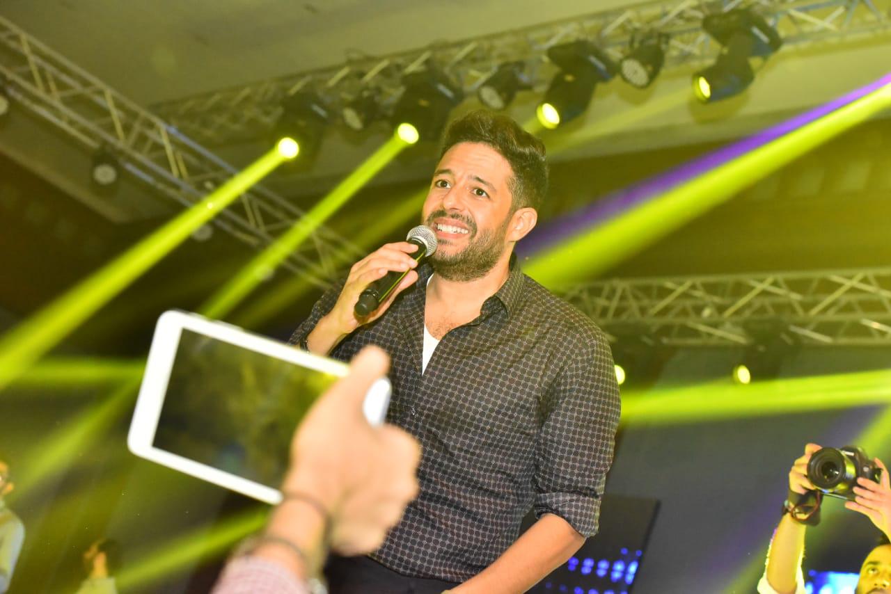 محمد حماقى  (35)