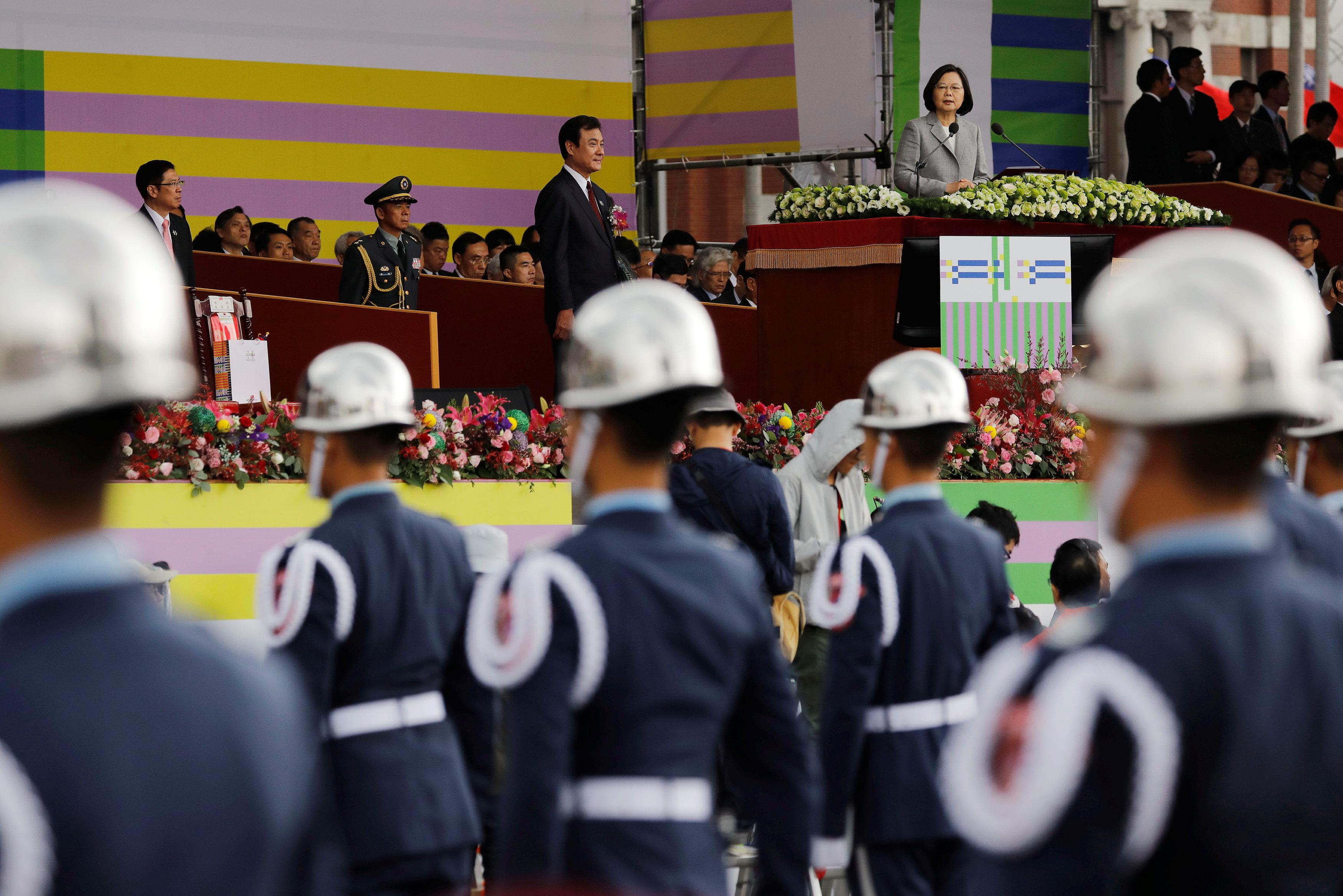 رئيسة تايوان تلقى كلمتها احتفالا باليوم الوطنى