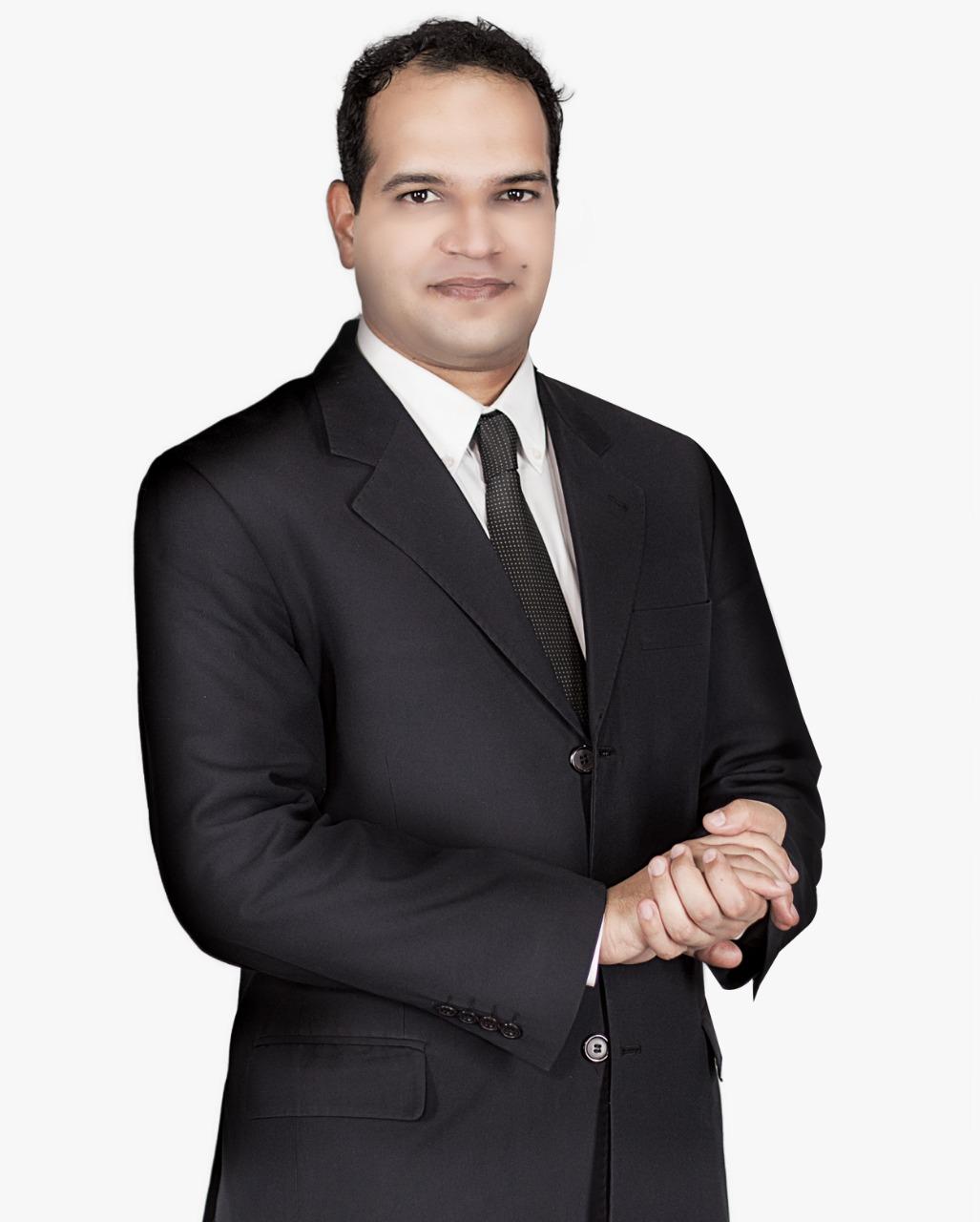 الإعلامى أحمد يعقوب