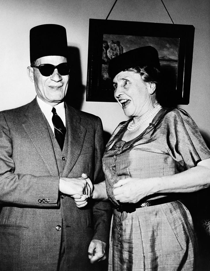 هيلين مع طه حسين