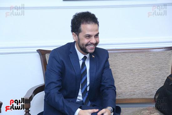 تكريم سميرة عبد العزيز بمهرجان المسرح الحر بجامعة عين شمس  (5)