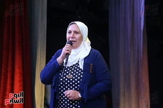 تكريم سميرة عبد العزيز بمهرجان المسرح الحر بجامعة عين شمس  (23)
