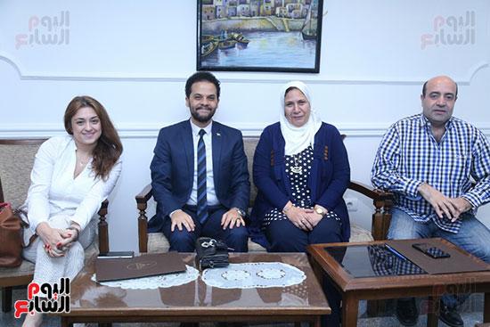 تكريم سميرة عبد العزيز بمهرجان المسرح الحر بجامعة عين شمس  (11)