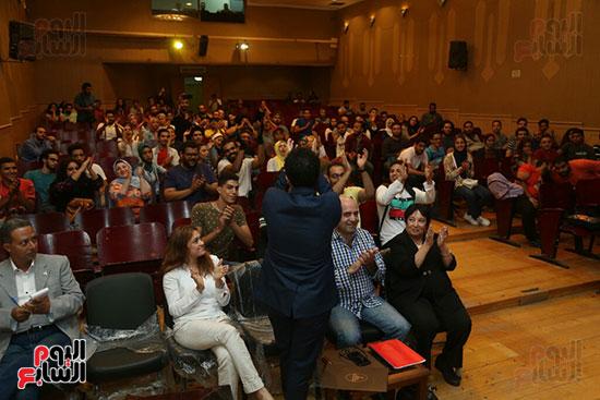 تكريم سميرة عبد العزيز بمهرجان المسرح الحر بجامعة عين شمس  (20)