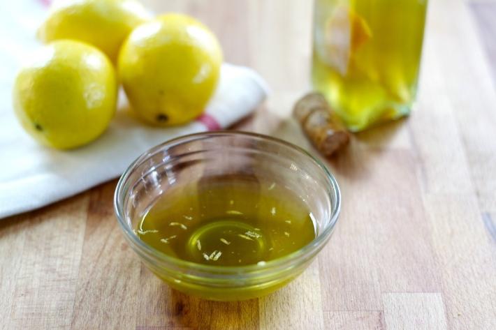 الليمون و زيت الزيتون لتطهير فروة الرأس